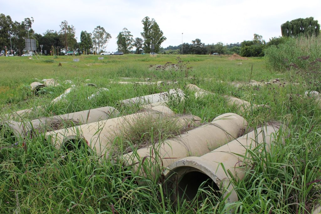 Concrete pipes abandoned by the contractor after completing the Modderfontein Outfall Sewer - December 2019